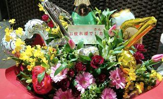 バルーンアレンジメント花シャンパンボトル