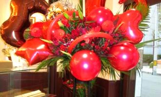 バルーンスタンド花大阪市洋菓子屋様お祝い