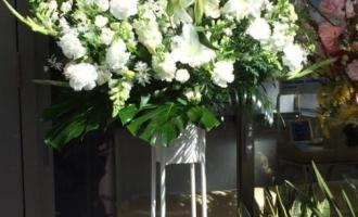 大阪市の病院様へお祝いスタンド花