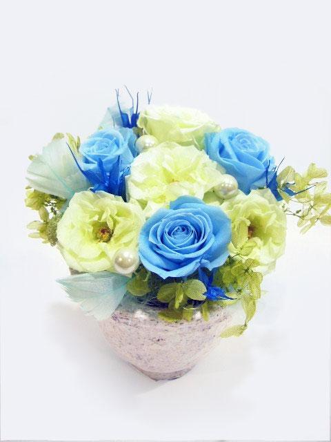 青いお花のプリザーブドフラワー
